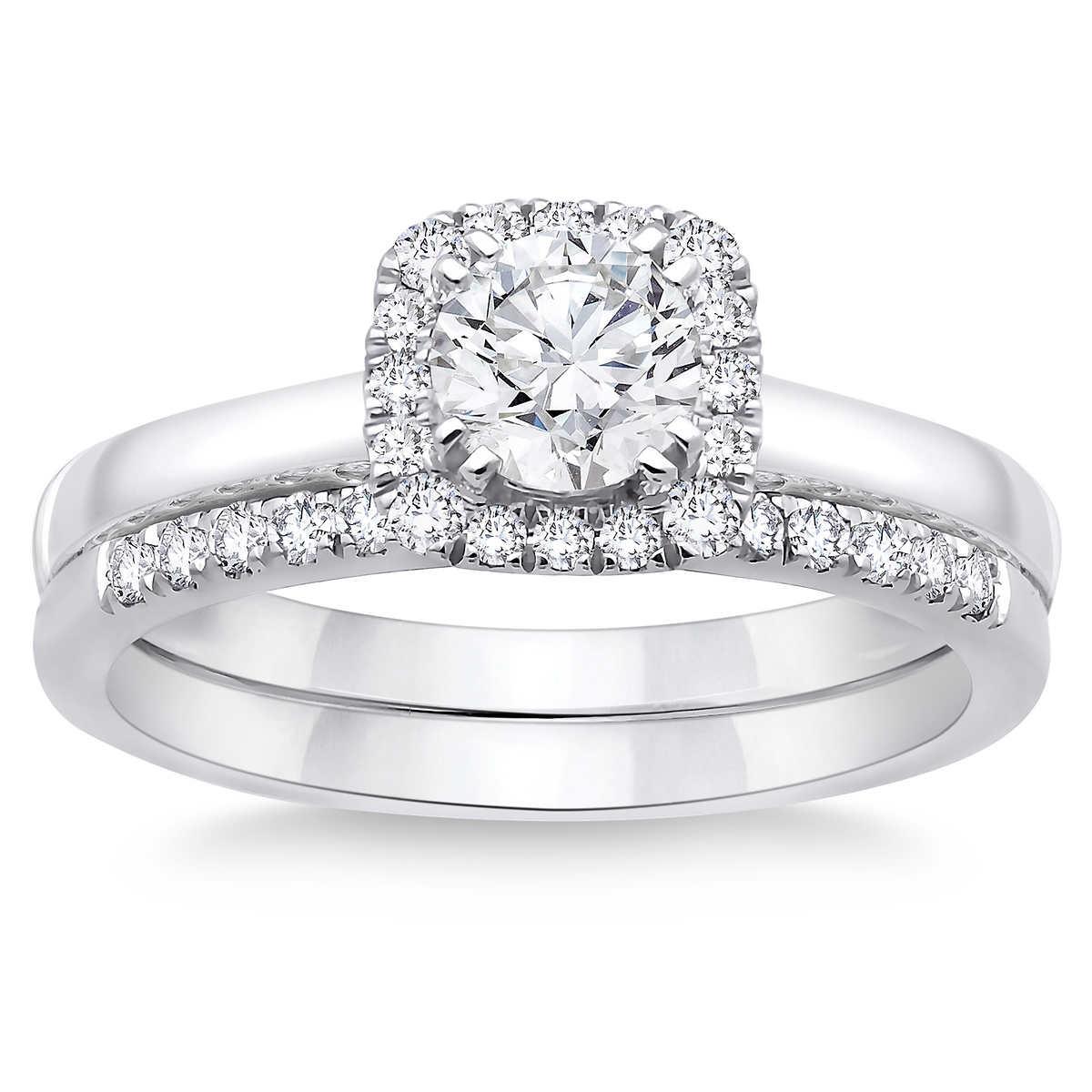 Round Brilliant 0 80 ctw VS2 Clarity 2C I Color Diamond Platinum Wedding Set product wedding set Click to Zoom