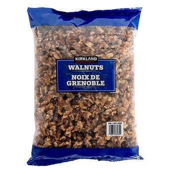 Kirkland Signature Shelled Walnuts, 1.36 kg (3 lb)