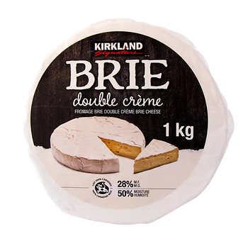 Kirkland Signature Double Crème Brie, 1 kg