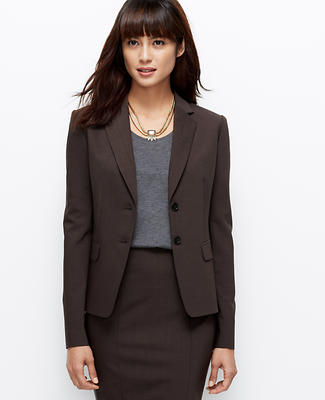 Shop LOFT's modern & feminine wear to work clothing. Show you mean business in work skirts, work dresses, work pants, work trousers, blazers & more!