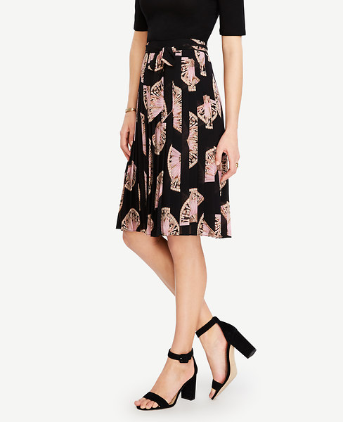 Fan Floral Side Tie Pleated Skirt