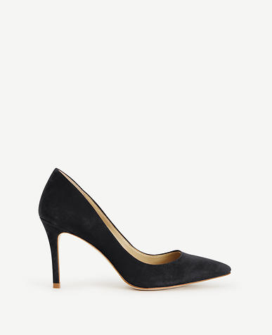 Mila Suede Pumps