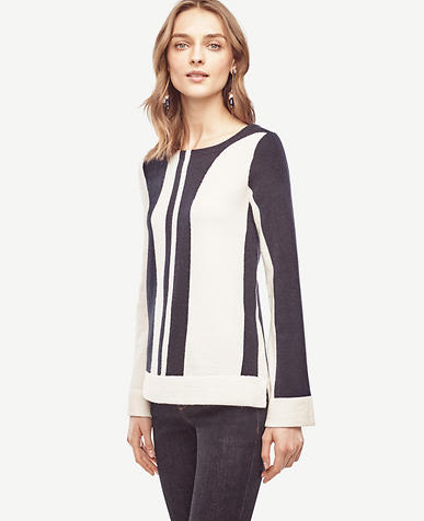 Image of Colorblock Flare Sleeve Sweater