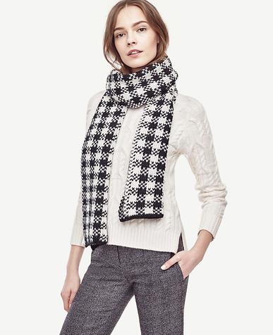 Image of Houndstooth Sweater Scarf
