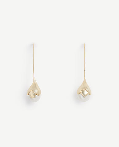 Image of Pearlized Flower Earrings
