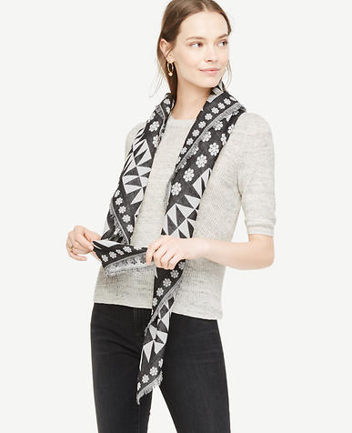 Image of Daisy Square Scarf