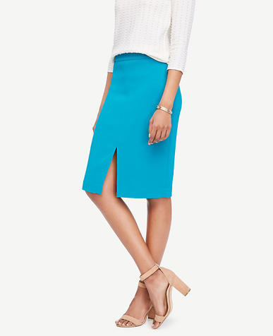 Textured Slit Pencil Skirt