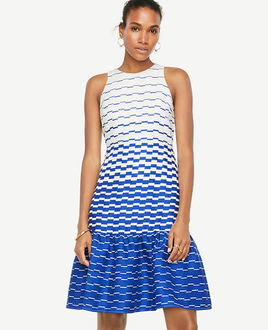Blurred Stripe Flare Dress