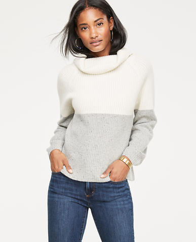 Cashmere Colorblock Ribbed Turtleneck Sweater