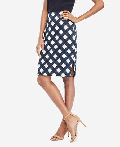 Image of Curvy Graphic Gingham Pencil Skirt