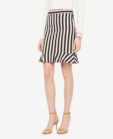 Image of Curvy Striped Flounce Skirt