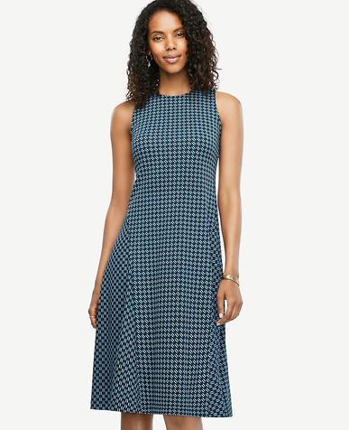 Image of Petite Geo Drapey Midi Flare Dress