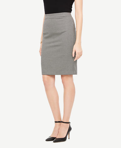 Image of Houndstooth Flounce Skirt