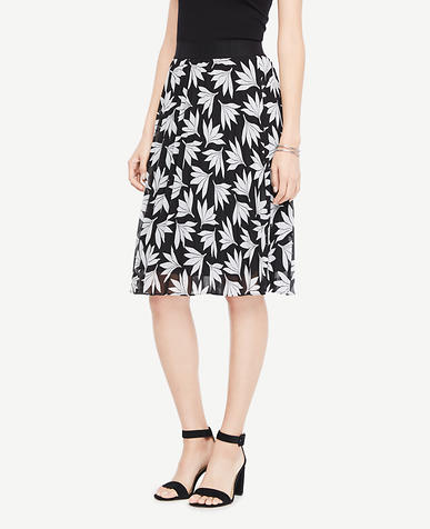Fan Floral Pleated Skirt