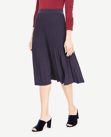 Shimmer Pleated Sweater Skirt