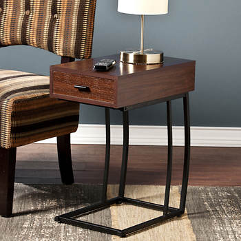 Sei Geneva Side Table With And Usb Outlets Walnut